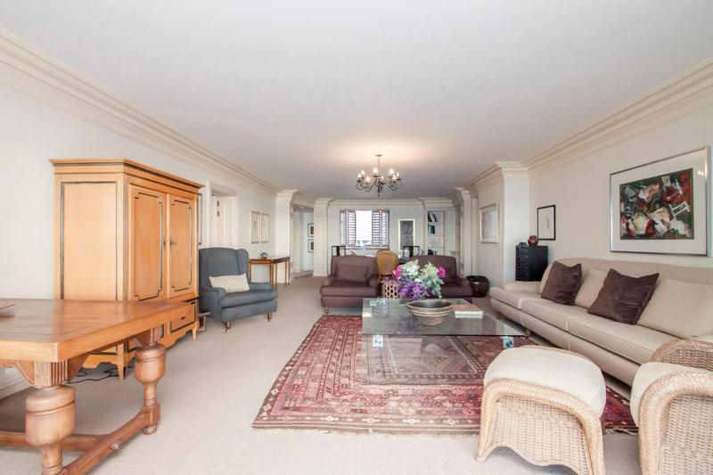Property For Sale in Mouille Point, Cape Town 3