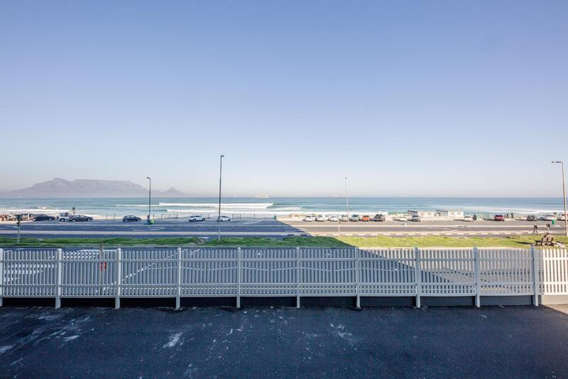 Property For Sale in Blouberg Beachfront, Cape Town 24