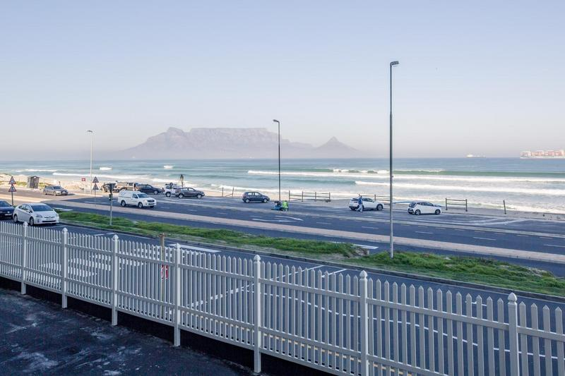 Property For Sale in Blouberg Beachfront, Cape Town 25