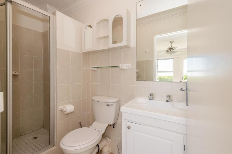 Apartment / Flat For Sale in Vredehoek, Cape Town